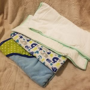 Set of 4 Circo Baby Bath Towels Unisex 100% cotton